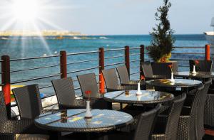 Restuarant Outdoor Seating